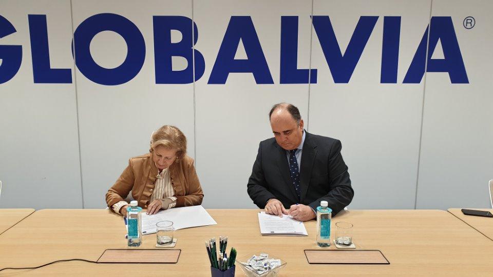 Globalvia y Asociación adEla firman su convenio de colaboración por dos años
